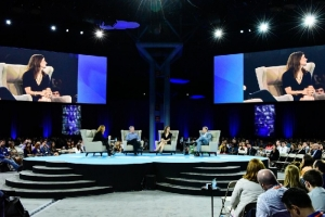Salesforce Connections 2015: Progressive B2B Marketers Focus On The Individual Buyer's Journey