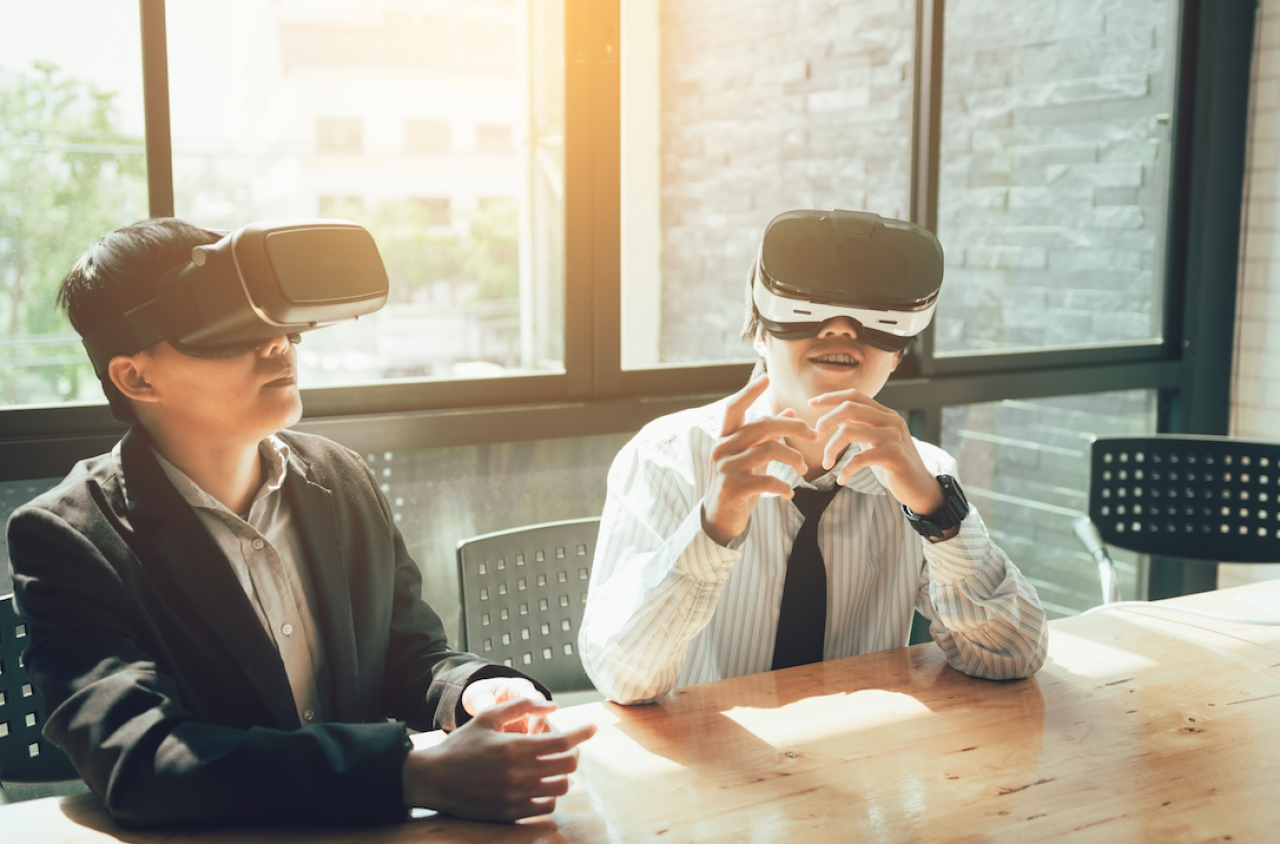 Augmented And Virtual Reality: The Latest Engagement Drivers In B2B Marketing