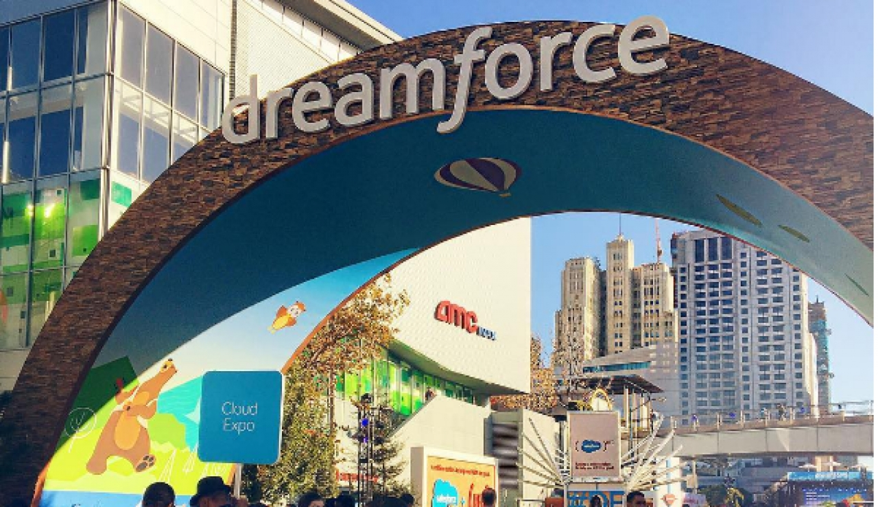 Dreamforce 2016: How Disruptive Will AI Be In B2B Technology?